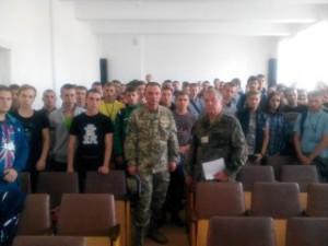 Zustrichizpredstavnykomviys'kovoyichastyny_DMTK