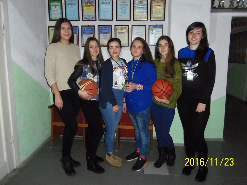 Першість коледжу з баскетболу (дівчата)
