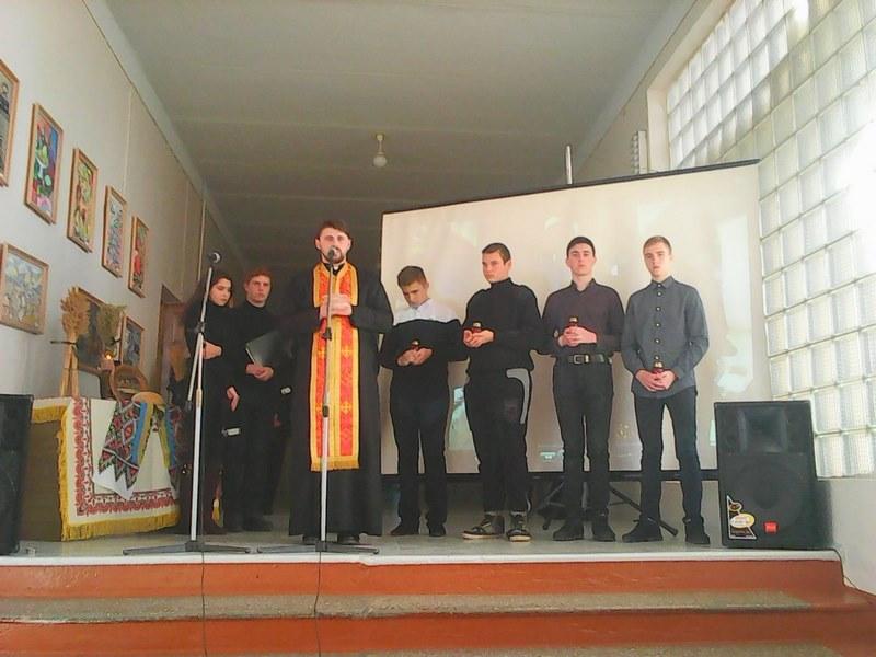 «Віче-реквієм до Дня пам'яті жертв Голодомору»