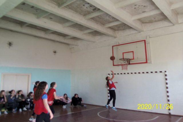 Першість коледжу з баскетболу